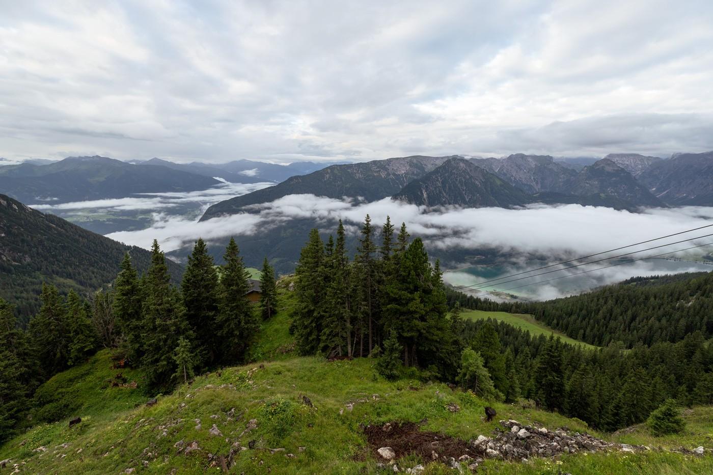 Wanderung Rofanspitze Ausblick Karwendelgebirge Zillertaler Alpen Achensee