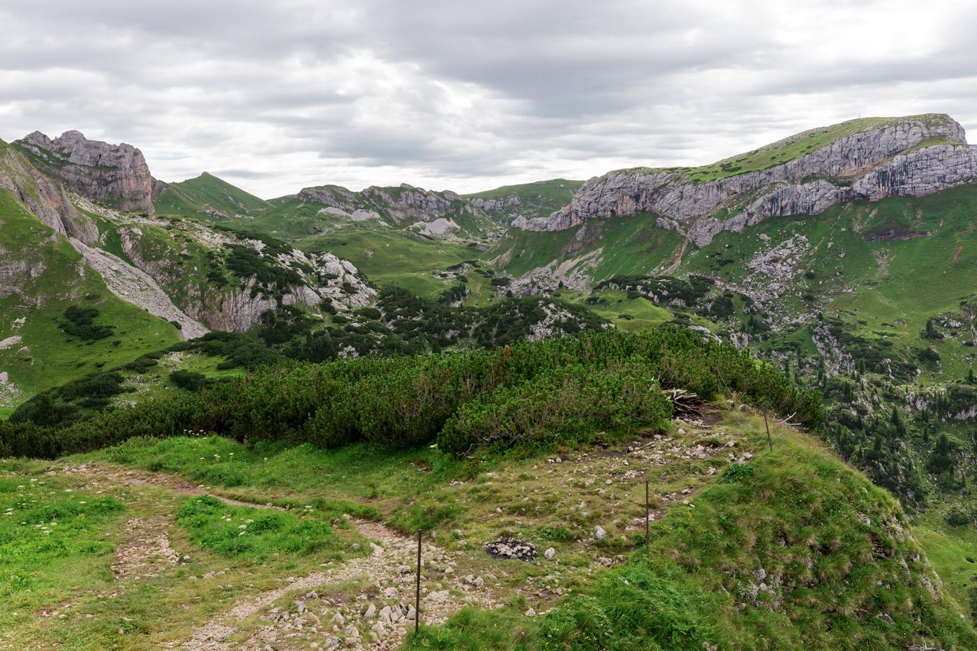Aussicht auf den Hochiss vom Adlerhorst am Gschöllkopf