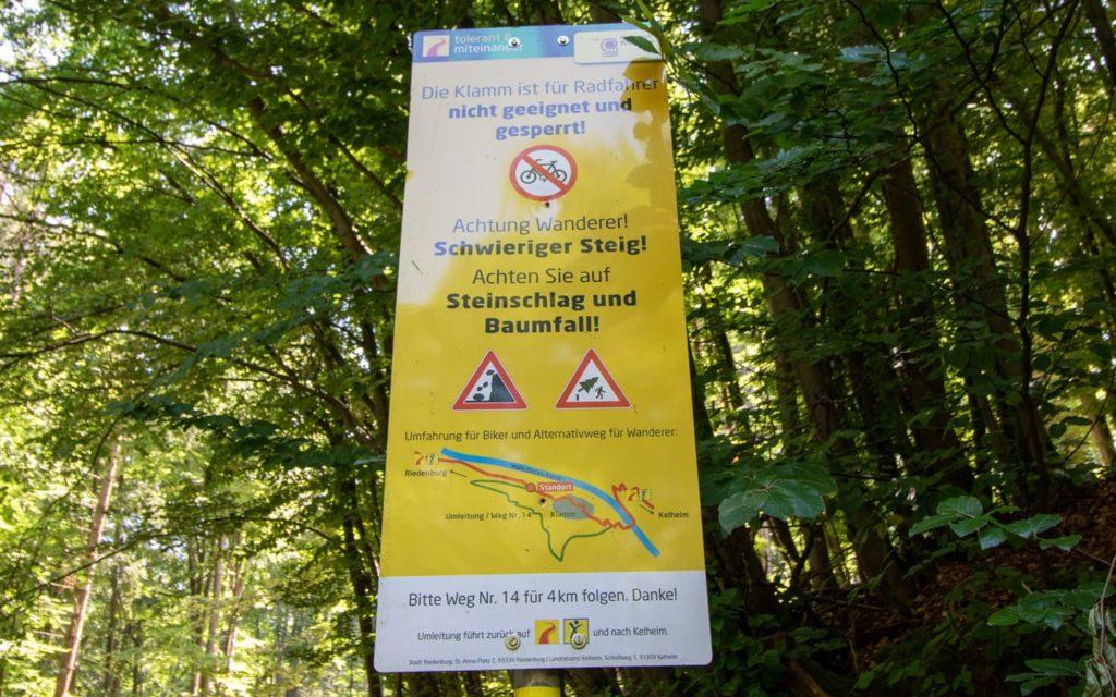 Wegweiser Klamm Riedenburg